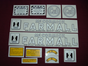 "Decal Set for the very early ""Circle"" Cub"